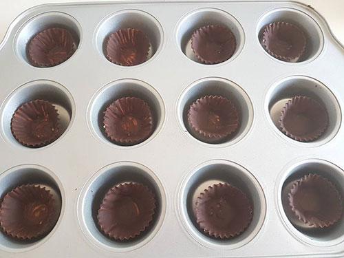 ממתק שוקולד וחמאת בוטנים