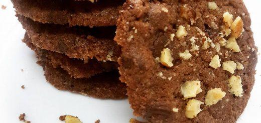 עוגיות שוקוצ'יפס ואגוזים