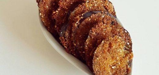 חצילים מטוגנים בפירורי לחם