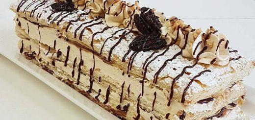 עוגת קרמשניט ריבת חלב ושוקולד